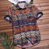 camisas de manga hawaiana al por mayor-Camisa hawaiana de la playa para hombre Camisa de manga corta de verano tropical Hombres Ropa de la marca Camisa de algodón suelta abotonada informal