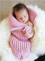 ingrosso props del bozzolo del bambino-trasporto libero, sacco a pelo neonato dei fiori all'uncinetto, sleepingacks del bozzolo del bambino 0-6 monthes Photography Prop