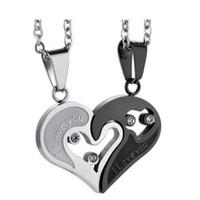 passenden herzhalsketten großhandel-Zwei Farben Edelstahl Herren Damen Paar Halskette Anhänger Liebe Herz CZ Puzzle Matching