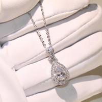 top pendentifs achat en gros de-Top vente en gros professionnel bijoux de luxe goutte d'eau collier 925 Sterling argent poire forme topaze CZ diamant pendentif pour les femmes cadeau