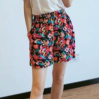 viscosa casual corta al por mayor-pantalón corto en viscosa impresa cintura elástica Bolsillos laterales Viento de vacaciones Pantalón floral