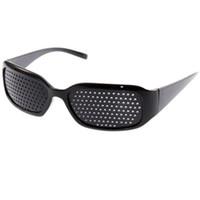 ingrosso occhio nero perno-ew arrivo nero unisex cura della vista pin hole eye esercizio occhiali pinhole occhiali vista migliorare plastica di alta qualità nuovo arrivo bl ...
