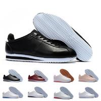 7c24c5d1feb With box Nike Classic Cortez NYLON Classique Cortez Basique Cuir Casual  Chaussures Pas Cher Mode Hommes Femmes Noir Blanc Rouge Doré Skateboarding  Sneakers ...