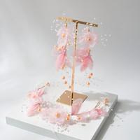 beyaz pembe saç toptan satış-Yeni pembe kelebek peri gelin tiara Şen pembe beyaz çiçek kafa kelebek küpe seti düğüm düğün saç