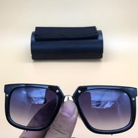 ingrosso occhiali quadrati quadrati neri-2018 new womens Sunglasses 001 Square Legends Eyewear Shiny Black / Gold Frames Occhiali da sole sfumati Germania occhiali marca 643