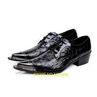 ingrosso nuovo tipo vestito uomo-Nuovo imitare cuoio genuino diamante reticolo tipo oxford scarpe stringate uomini scarpe a punta uomo nozze ferro dita dei piedi vestito