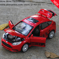 ingrosso automobili del capretto ford-Double Horses 1:32 spedizione gratuita Ford Focus modello in lega pressofusa tirare indietro Toy Cars modello elettronico Kids Car Toys per i bambini