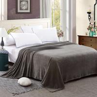 осеннее одеяло оптовых-Серый сплошной цвет Флисовое одеяло для взрослых 100% полиэстер бросить одеяла на кровать / диван Осень / Зима мягкие покрывала / одеяла