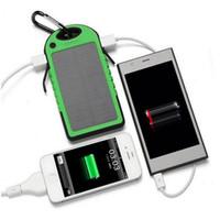 cámara usb portátil al por mayor-Banco de energía solar USB Cargador portátil Batería de viaje al aire libre Luz LED 5000mAh para iPhone Cámara portátil con Android
