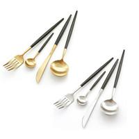 ingrosso coltelli da posate occidentali-Posate stile Portogallo Posate a punta manico nero coltello forchetta cucchiaio da tè posate posate Ctrative acciaio inox da tavola occidentale