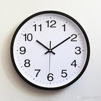 mur regarder silencieux achat en gros de-En plastique Horloge murale Quartz Chambre Salon Table Minimalisme Montre Non-Ticking Silent Horloges Bureau Décor À La Maison Cadeau 16 8hs gg