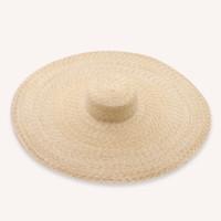 sombreros de paja hechos a mano al por mayor-PADEGAO HAT Sombrero de ala ancha Paja natural hecha a mano de 25 cm superior plana forma de playa al aire libre paja plana