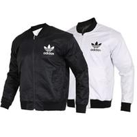abrigos de moda masculina al por mayor-Chaquetas de diseño para hombre estilo rompevientos abrigo de otoño de manga larga Casual chaquetas para hombre color blanco negro tamaño S-2XL
