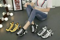 Wholesale italy brand leather shoes - New Designer Handmade Luxury brand DuG sneaker Leather man women casual Shoes italy Strass unisex Flats scrawl trainers