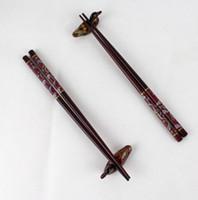 hölzerne klammern großhandel-Neue 2pairs chinesische handgefertigte Vintage Holz Essstäbchen und Brackets Geschenkset