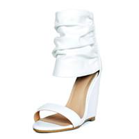 açık bot çizgileri toptan satış-Beyaz Kadın Takozlar Sandal Yüksek Topuklu Burnu açık Stilettos Çizmeler Artı Boyutu Tasarımcı Ayakkabı Kadınlar Lüks 2018 Yaz Kama Ayakkabı