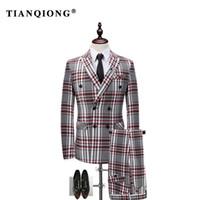 модный свадебный мужской костюм оптовых-TIAN QIONG Plaid Double-breasted 3 Piece Suit Men Korean Fashion Business Mens Suits Designers 2017 Slim Fit Wedding Suits Men