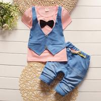 Estate primavera Cotton Baby Boys Set di abbigliamento Gilet per bambini  falso giacca due top + Pantaloncini per bambini abiti convenzionali 48341949e1fc