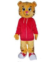 traje de mascote vermelho venda por atacado-2018 Fábrica fez Bonito Daniel the Tiger Red Jacket Personagem de Banda Desenhada Traje Da Mascote Do Vestido Extravagante