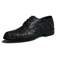 elevador de zapatos al por mayor-Zapatos de negocios formal de cuero genuino ascensor hombres visten zapatos de oficina Encantadores lentejuelas brillantes aumento de altura zapatos de banquete negro