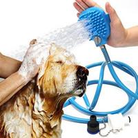 ingrosso spazzola doccia per animali da compagnia-Nuovo strumento di balneazione per animali domestici Massaggiatore confortevole doccia strumento di pulizia lavaggio spruzzatori da bagno spazzola per cani pet forniture all'ingrosso