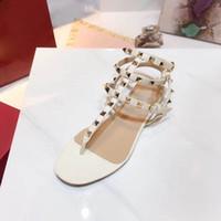 süßigkeiten boxen europa großhandel-Europa und die Vereinigten Staaten neue Kunststoffkette Strand Schuhe Süßigkeiten Farbe Jelly Sandalen Kette flach mit Sandals35-41 + Box