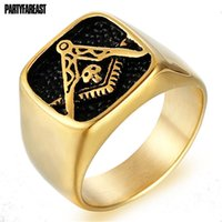 anéis maçônicos americanos venda por atacado-Partyfareas Eturopean e Americano Novo Aço Titânio Anel Maçônico Punk Personalidade Tendência de Ouro Anel De Aço Inoxidável V3065