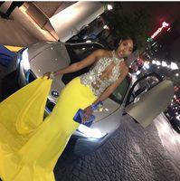 vestido de fiesta de corte amarillo al por mayor-Sweep Trial Cut Out Vestidos de noche Chiffon Halter Frente abierta con cuentas de lentejuelas Amarillo africano Vestido de fiesta Vestido de noche atractivo