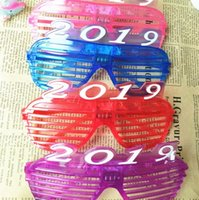 Wholesale lady masks for sale - Christmas New Year Glasses Lady Girl Fashion Decoration LED Flash Light Party Supplies Window Shades Plastic Spectacles sl hh