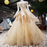 robes multi couches achat en gros de-2019 Robes de soirée simples bohèmes à manches courtes à lacets Retour Brillant motif de poudre d'or multicouche volants Cocktail Robes de soirée de bal