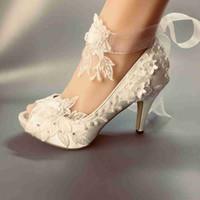 marfim vestido branco sapatos venda por atacado-Sapatos de casamento À Prova D 'Água branca marfim noiva vestidos de noiva PEEP TOE diamante rendas manual de casamento sapato calcanhar ABERTO TAMANHO DO TAMANHO DA UE 35-42