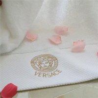 v 75 toptan satış-Tanrıça V Mektup Nakış Havlu 35 * 75 cm + 70 * 145 cm 2 Parça Havlu Takım Yüksek Kalite Otel Havlu Ücretsiz Kargo