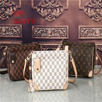 Wholesale british crown - 2018 Women Bags New Version of the British Crown Double Pull Fashion Portable Shoulder Bag Messenger Bag Retro Handbags 52997