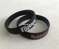 ingrosso bianco braccialetti personalizzati-Braccialetti neri larghi personalizzati 12MM silicone Promozione Braccialetti in silicone stampati con stampa logo bianco