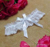 ligas de boda blanco negro al por mayor-Envío gratis de encaje nupcial ligas blanco negro barato atractivo de la boda ligas de la pierna accesorios nupciales aturdiendo ligas de regalo de navidad