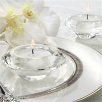 copas de novia al por mayor-Crystal Glass Diamond Shape Tea Light Holder Candlestick Shower Party Favors favorece el banquete de regalo decoración de mesa de Navidad Decoración Del Hogar