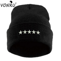 Wholesale knitted hats for men patterns - Brand New Spring Winter Beanie Hat for Men Women 5 Stars Pattern Fashion Black White Knitted Gorros Fitted Female Casual Hats