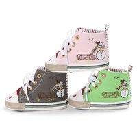 Wholesale canvas shoes toddlers online - 2018 Baby kids Christmas snowman embroidery First Walkers Infant soft bottom Shoes Xmas Winter Warm Toddler shoes colors C5099