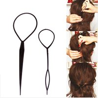 оплетка конский хвостик оптовых-2 pcs/lot Hot Sale Chic Magic Topsy Tail Hair Braid Ponytail Styling Maker Clip Tool Black Headwear Tools P0024