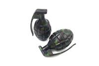 moulins à grenade achat en gros de-Fumoir Dogo Dernières grenade en alliage de zinc Grinder Herb Grinder Magnietic 3 pièces Broyeurs à tabac en métal pour fumer