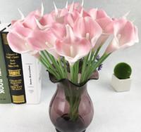 ingrosso mano bouquet fiore rosa-Artificial calla lily flower real touch fiori mano bouquet flores decorazione di nozze fiori finti rifornimenti del partito G724