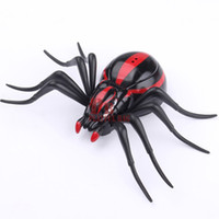 Wholesale spider toy scary online - pb playful bag Funny Simulation Infrared RC Remote Control Scary Creepy Insect spider Toys Halloween Electronic pets Gift For