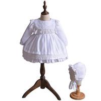 6e46b1a58 Trajes de bautizo infantil recién nacido Bautizo de niña Dresse Encaje de  marfil blanco Manga larga Traje de primer año de cumpleaños con gorra