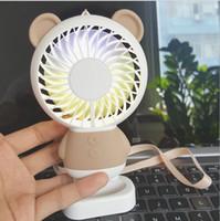 ingrosso luce lampeggiante blu a batteria-2018 nuovo modello di esplosione creativo cartoon fan ricarica mini fan fresco colorato notturno studente fan
