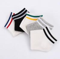 meias chinelo venda por atacado-10 pares / lote Mulheres Socks 3 Padrões Stripes número 23 Fruits meias Moda Sock deslizador para mulher