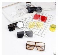 lunettes de sport pour filles achat en gros de-Enfants lunettes de soleil carrées enfants lentille claire lunettes de soleil bébé lunettes de soleil ombre UV400 sport en plein air garçons filles lunettes
