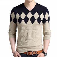 homens argyle suéteres venda por atacado-Cashmere Camisola De Lã Dos Homens Outono Inverno Slim Fit Pullovers Homens Argyle Padrão Com Decote Em V Pull Homme Blusas De Natal
