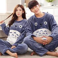 pijamas dos desenhos animados dos homens venda por atacado-Conjuntos de Pijama de Flanela de Flanela de Inverno Totoro Animal Cosplay Pijamas para Homens O-pescoço Plus Size Salão Dos Desenhos Animados Set Casual Roupão