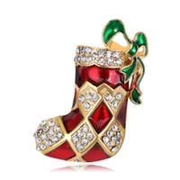 ingrosso spilla nuova lega-New Gold Alloy Christmas Red Shoes Spille Green Bow Knot Pins per le donne Ragazze regali Nuovi accessori di vestiti
