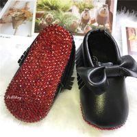 baptism babies shoes großhandel-Roter Liebes-Mokassin funkelnde kundenspezifische handgemachte Rhinstones-Baby-Show-Taufe-Mädchen beschuht Säuglings-erste Wanderer Sapatos Toddle-Turnschuh